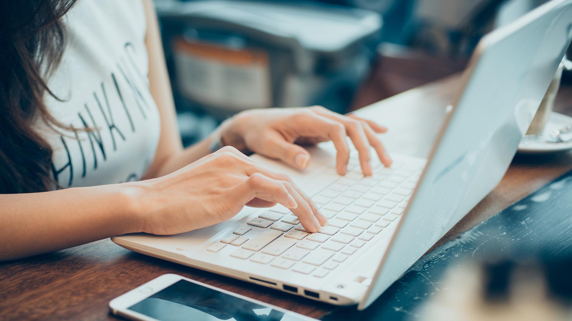 e-commerce, comercio electrónico, venta online, tienda física, comercio, canales de venta