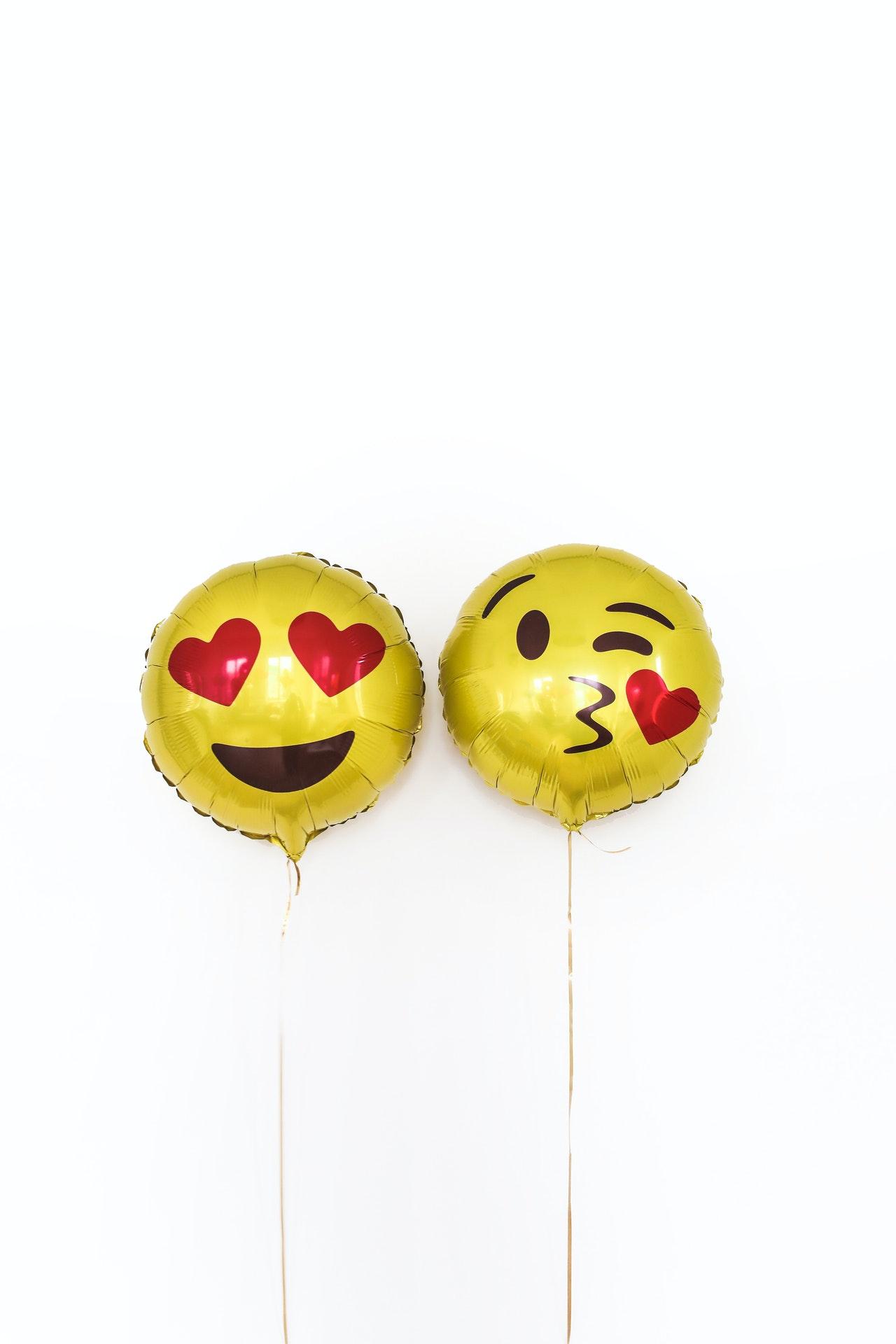 Uso de Emojis en Redes Sociales
